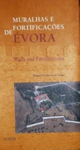 Muralhas e Fortificações de Évora  «€20.00»