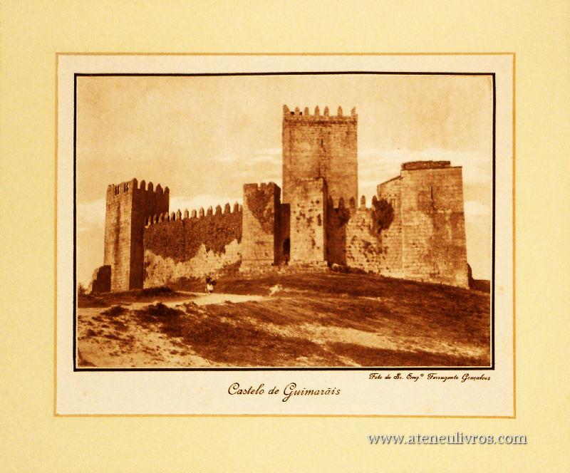Castelo de Guimarães «30cm x 25cm» «€10.00»